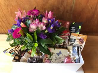 Flowers and Chocolate Gift Hamper - Premium